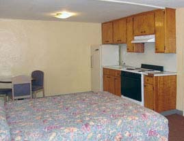 Rooms with Kitchenettes at Sunnyside Motel